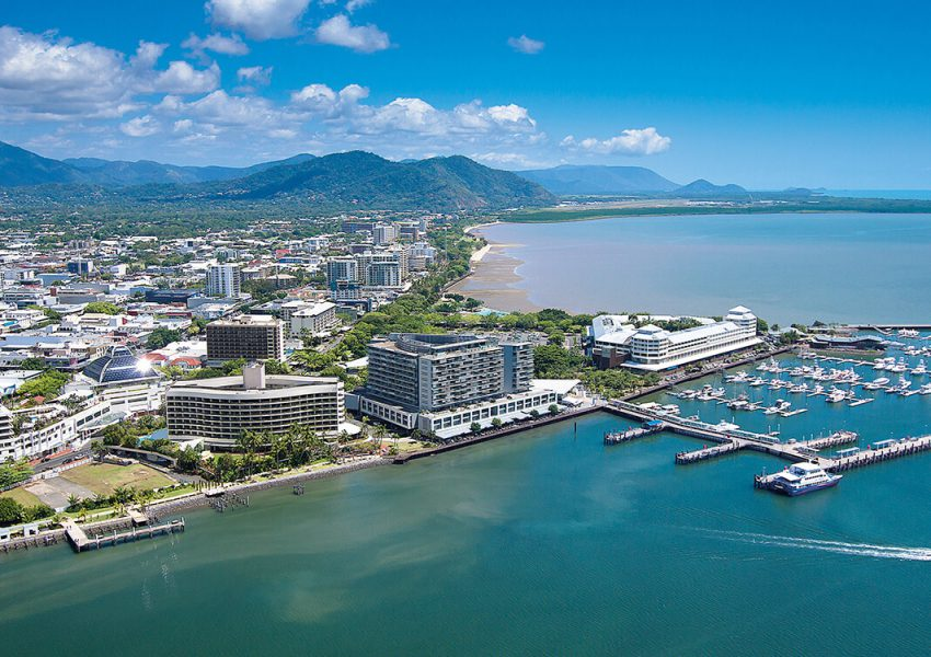 Pacific Hotel Cairns - Cairns Hotel Accommodation