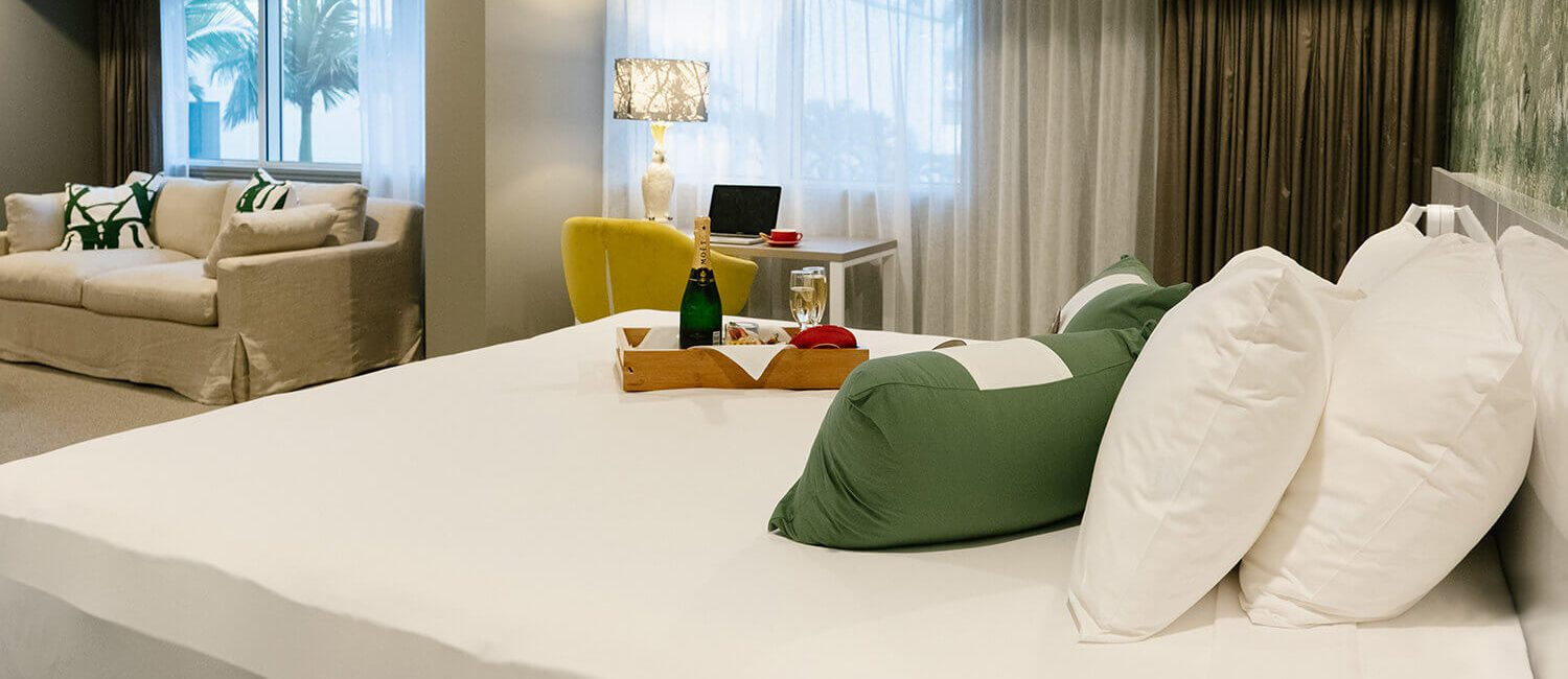 pacific-hotel-cairns-tropical-luxe | Pacific Hotel Cairns